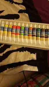 12pc never used oil paint
