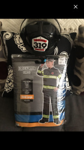 Boys fireman Halloween suit size Large 12