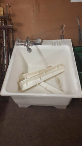 Laundry Tub with Legs and Taps