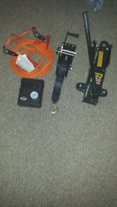 NEW 2 TON JACK..1,000lb HAND WINCH..DC PUMP & BOOSTER CABLES.$80