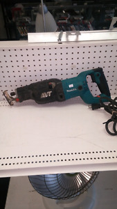Makita AVT Reciprocating l-model JR3070ct