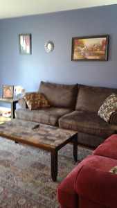 a 2 bedroom apartement for sublease