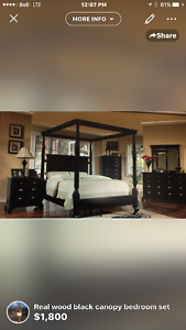 Klassen canopy queen size bedroom set