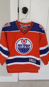 Official Edmonton Oilers Jersey - Connor McDavid - #97