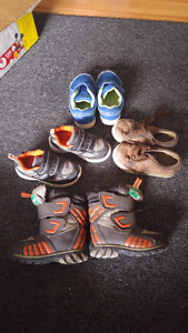 Boys size 7 light boots, 2 shoes and throwing in well used play