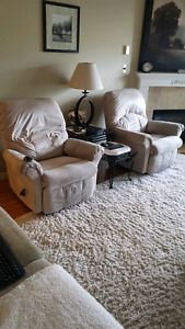 Beige recliners 6yrs old