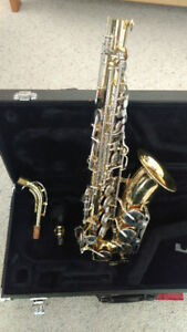 Yamaha YAS-23 Saxophone with case - Made in Japan Brass