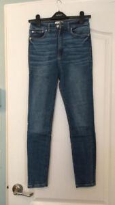 Jeans pour femmes, plusieurs tailles