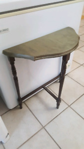 Table d'appoint basse