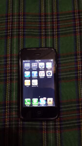 APPLE A1241 8GB CELL PHONE AND IPOD
