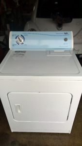 Dryer weed 6 mons  like new