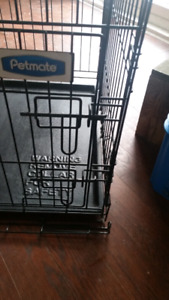 Small dog crate/kennel