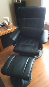 BRAND NEW RECLINING CHAIR AND FOOTSTOOL