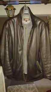 DANIER 100% GENUINE LEATHER COAT - LOW PRICE, BRAND NEW-LIKE Windsor Region Ontario image 2