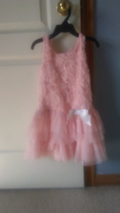 6 beautiful girls dresses lot size 5t and 6t