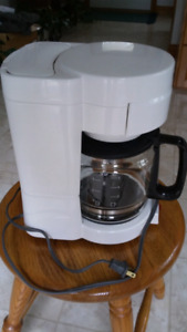 For sale  : Black and decker coffee maker
