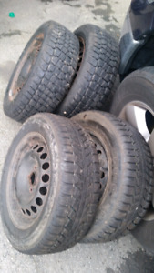4 Winter tires  (2+2)  195/60/15 ..... CHEAP FOR FAST SALE!