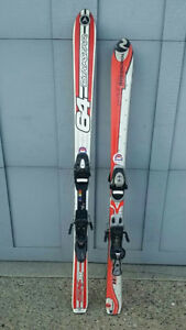 ☆☆☆ 2 - PAIRS OF SKIS **WITH BINDINGS!!** ☆☆☆