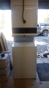 Stackable washer dryer unit.