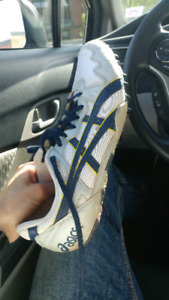 Track and field shoes/sneakers