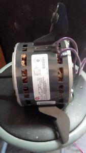 Motor  115V   HZ60   AMP 5.1    H/P 1/3     RPM 1075/4SPD