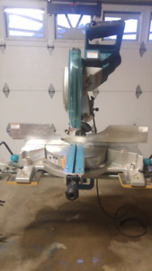 "10"" Makita Double Bevel Sliding Compound Mitre Saw"