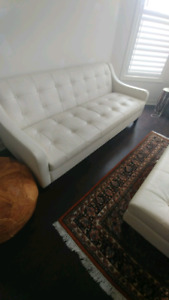 Lind sofa and chairs