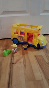 Little People Lil Movers Musical School Bus