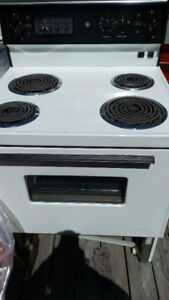 EXCELLENT CONDITION STOVE,COME GET TODAY, BEST CASH OFFER, OBO