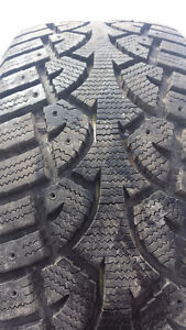 225-55-16 GENERAL ARCTIC ALTIMAX WINTER TIRES SET OF 4 LIKE NEW