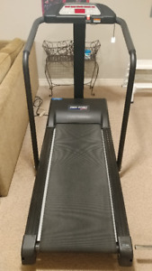 Free Spirit Treadmill with Incline, Calorie Counter and Programs