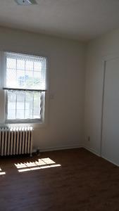 Sandy Hill 4-bedroom near University - Free WiFi