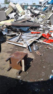 Free scrap metal pick up 647 780 7237