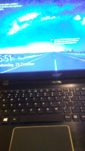 Acer-Lap Top Touch Screen