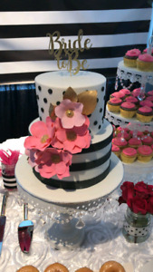 Cupcakes and cake stand for rent
