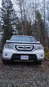 Honda Pilot loaded Touring