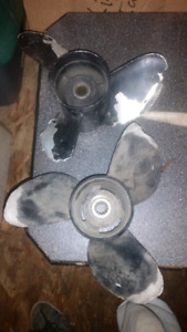 2 propellers one prop ok 75 other is rough 40
