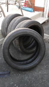 Pneus d'hiver Michelin X-ICE 235/45R18