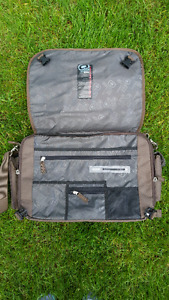 Ogio Design Messenger Laptop Bag
