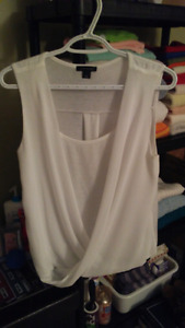 Women's tops, excellent condition, size small and medium