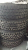 Hankook Winter tires 215/70 R15 98S with rims