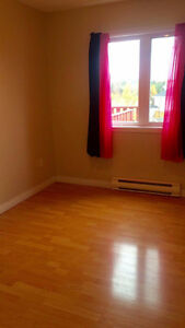 Room for Rent (Female Roomie) 2 Rooms 1 with attached bathroom