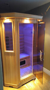 Infrared 4x4 2 Person Sauna with Theraputic Lights + Music