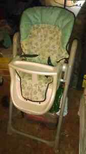 Baby stroller with car set and a high chair Cambridge Kitchener Area image 3