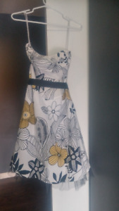 REDUCED! Woman's Strapless Flowered Dress - size large