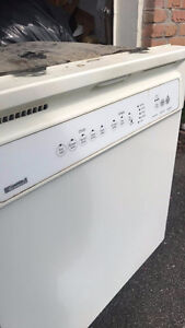 Working Dishwasher!!! Pick-up Only ASAP!! FREE!!!!!!