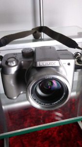 Panasonic Lumix DMC FZ3 & FZ4 3MP Digital Camera