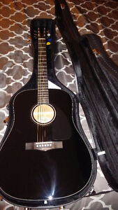 Fender Acoustic Guitar/Guitare acoustique Fender