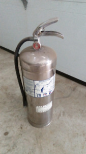 Water fire extinguisher's