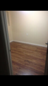 Room for rent near UOIT/DC